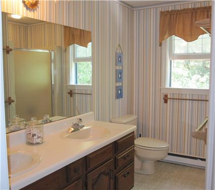 Chatham Cape Cod vacation rental - Upstairs Bathroom