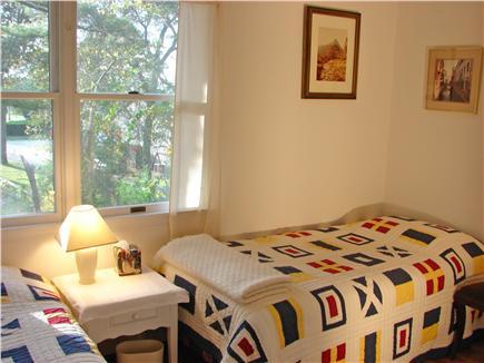 Pocasset (Wings Neck) Pocasset vacation rental - Attractive second floor twin bedroom