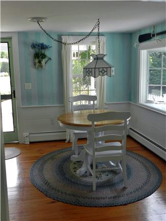 Chatham Cape Cod vacation rental - Dining Area (6 Chairs and Leaf Available)