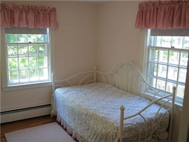 Harwichport Cape Cod vacation rental - First Floor Bedroom - Daybed with trundle