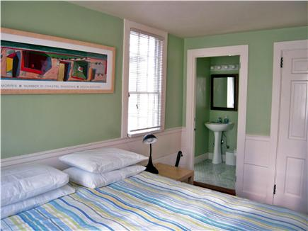 Chatham Harbor, Chatham Town Cape Cod vacation rental - BR#5 1 Queen bed