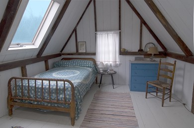 'The Back Woods,'  Wellfleet Cape Cod vacation rental - Bedroom with double bed.