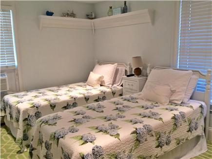 Hyannis Cape Cod vacation rental - Twin Room/or push together for 2nd King