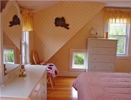 Hyannis Cape Cod vacation rental - Brand new queen bedroom set