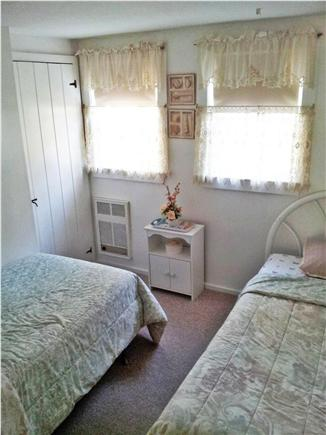 S.Yarmouth Cape Cod vacation rental - Bedroom w/ 2 Twin beds