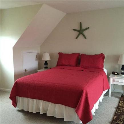 Chatham Cape Cod vacation rental - Second Floor Master, Queen w/ac and t.v.