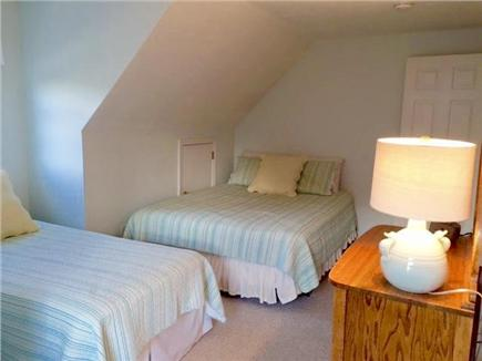 Chatham Cape Cod vacation rental - 2nd floor queen and single