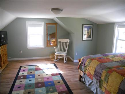 Downtown Chatham Cape Cod vacation rental - Upstairs Queen Master Bedroom