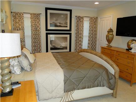 New Seabury, Maushop Village New Seabury vacation rental - Second King Master on first floor with private bath, WIC, FS TV