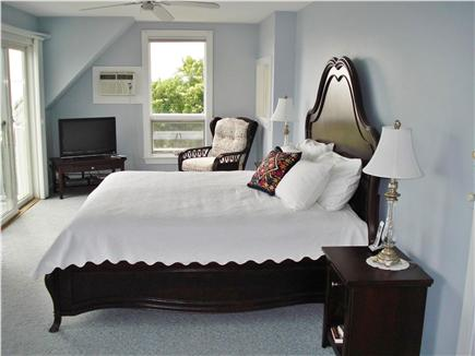 Sagamore Beach, Bourne Sagamore Beach vacation rental - Master bedroom suite with jacuzzi