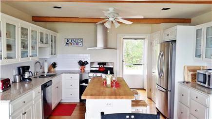 Sagamore Beach, Bourne Sagamore Beach vacation rental - Kitchen with center island