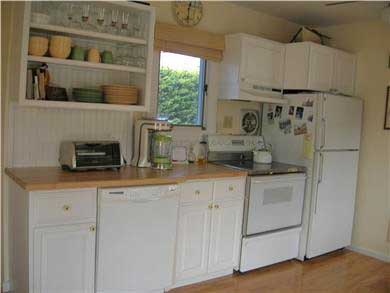 Mashpee, Popponesset Cape Cod vacation rental - Kitchen has full size appliances