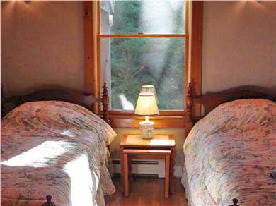 Falmouth - Quissett Harbor Cape Cod vacation rental - 2 twin beds