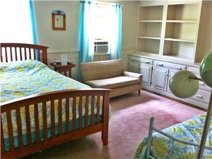 Wellfleet Cape Cod vacation rental - Master suite #2, upstairs, queen + twin daybed, full bath