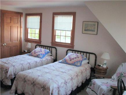 Old Village, Chatham Cape Cod vacation rental - Upstairs twin bedroom
