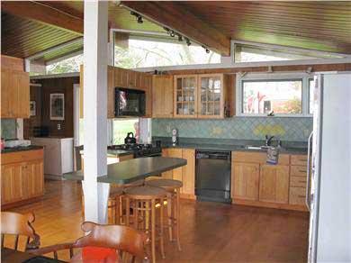 Centerville Centerville vacation rental - View of the kitchen