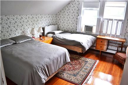 Chatham In Town Cape Cod vacation rental - Double Bedroom with Twin