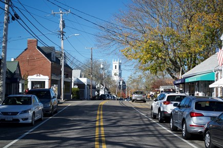 Chatham In Town Cape Cod vacation rental - Steps to Main Street - Candy Manor, Buffy's Ice Cream!!!