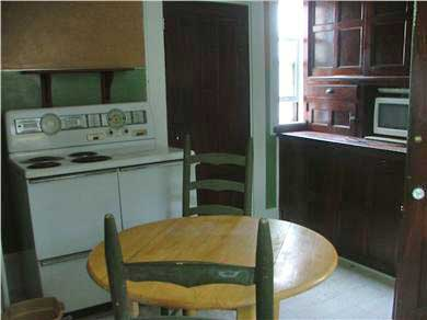 Provincetown Cape Cod vacation rental - Eat-in kitchen