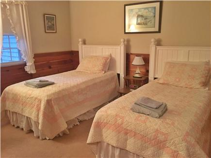 Popponessett / Mashpee Cape Cod vacation rental - Bedroom 3 with two twin beds