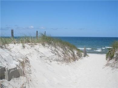 Dennis Village, Scargo Lake Cape Cod vacation rental - Howe Street Beach on Cape Cod Bay within walking distance