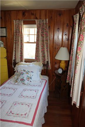 Harwich Port Cape Cod vacation rental - Down Stairs Bedroom #2 w/ 1 twin bed