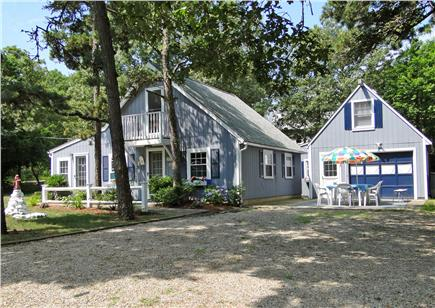 Harwich near restaurants, shopping, and deep sea fishing, also located near ferry to Nantucket Cape Cod vacation rental - Harwich Vacation Rental ID 19393