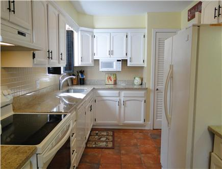Brewster Cape Cod vacation rental - Kitchen with granite countertops