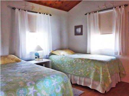 Wellfleet Cape Cod vacation rental - Twin beds