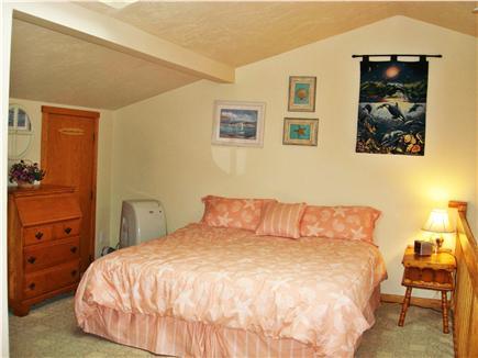 Chatham Cape Cod vacation rental - Spacious Loft Bdrm. w/King-Size Bed, Twin Sofabed, Bath & AC Unit