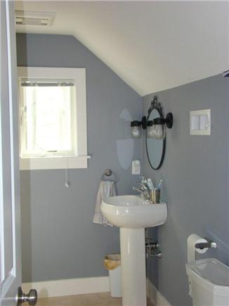 Eastham Cape Cod vacation rental - Cosy bathroom upstairs
