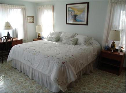 Cataumet, Bourne Cataumet vacation rental - Master bedroom with King bed
