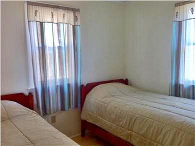 Wellfleet Cape Cod vacation rental - Bedroom, twins