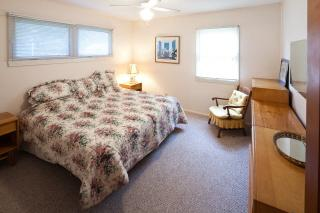 Falmouth Heights Cape Cod vacation rental - King Bedroom 1