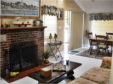 Onset, Buzzards Bay MA vacation rental - Fireplace for those Cozy Nights
