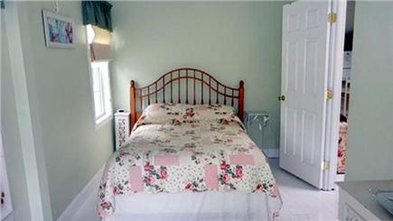Onset, Buzzards Bay MA vacation rental - Double bed in the Nantucket bedroom
