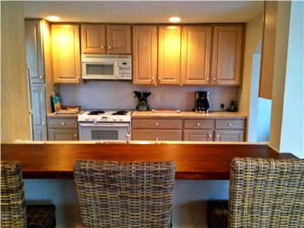 New Seabury New Seabury vacation rental - Kitchen with convenient breakfast bar