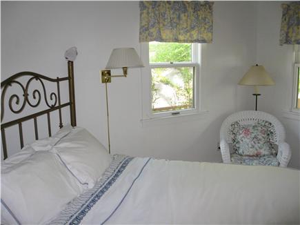 Woods Hole, Quissett Harbor Woods Hole vacation rental - Queen bedroom