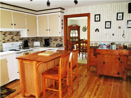 Brewster, The Highlands on Seymours Pond Cape Cod vacation rental - Kitchen