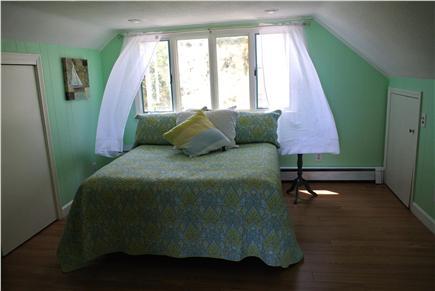 Manomet,  Plymouth Manomet vacation rental - Queen Bedroom 1