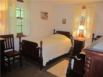 Popponesset, Mashpee Cape Cod vacation rental - Yellow bedroom with 2 twin beds