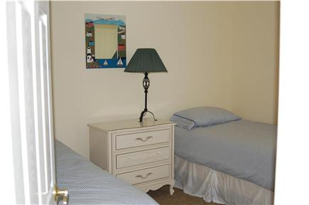 Plymouth MA vacation rental - The twin bedroom