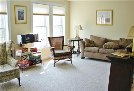 Brewster Cape Cod vacation rental - Complete view of library