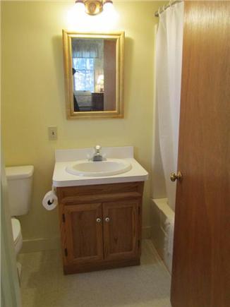 South Dennis Cape Cod vacation rental - Master Full Bath