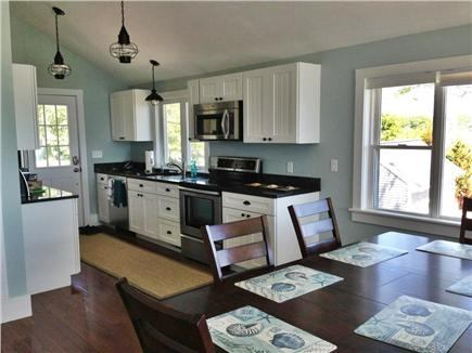 Plymouth MA vacation rental - Kitchen and generous eat-in area