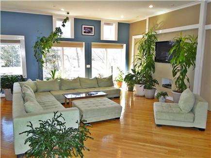 Pocasset, Bourne, Cape Cod Cape Cod vacation rental - Great room with designer can combine for a huge comfy bed.