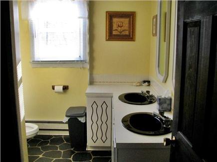 Eastham Cape Cod vacation rental - Main Floor Bath