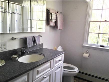 Eastham Cape Cod vacation rental - 2nd floor full bath
