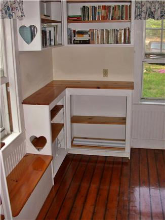 Brewster Cape Cod vacation rental - Library bedroom- with Mate's Berth/daybed