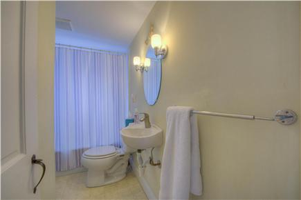 Osterville Osterville vacation rental - Bathroom